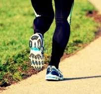 Caminar rápido o correr despacio, ¿cómo gastamos menos energía?
