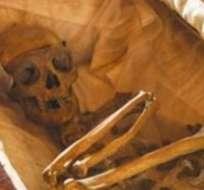 Hombre compró por internet un ataúd con un muerto dentro