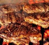 ¿Es dañina la carne cocinada a la parrilla?