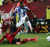 Ayoví (f), Ibarra y Martínez marcaron goles dedidacos al 'Chucho' Benítez. Foto: EFE