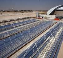 DOHA, Qatar.- Cada día muere un obrero en construcción de estadios en Qatar. Foto dipdiario.com