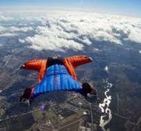 """CHINA. El húngaro viajó a China para participar en el II Campeonato Mundial de """"Wingsuit flying"""", que iba a disputarse en este enclave del 11 al 13 de este mes. Foto: Internet"""