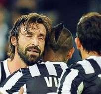 ITALIA.- Napoli y Juventus ganan en Italia y siguen a la caza del Roma. Foto: EFE