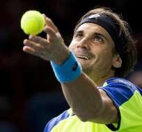 TENIS.- Ferrer (foto) y Nadal garantizan que este domingo haya un finalista español en la moqueta de Bercy. Fotos: EFE