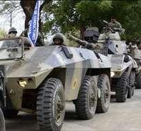 Tanques y otros vehículos militares realizan prácticas en Manabí.