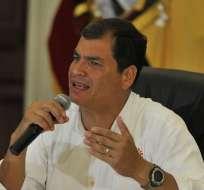 """Rafael Correa califica de """"error"""" y """"desliz"""" el video del Alto Mando de FF.AA. Foto: Presidencia de la República"""