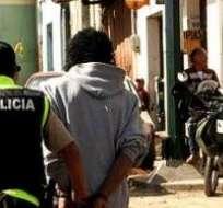 """QUITO, Ecuador. El ministro dijo intuir un supuesto """"boicot"""" entre detenidos y guardias penitenciarios para propiciar la fuga masiva. Foto: Internet"""