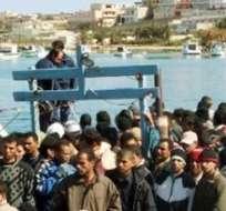 LAMPEDUSA, Italia.- De los cientos de migrantes que llegan a la isla italiana, 350 murieron en octubre anterior. Fotos: Internet