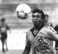 GUAYAQUIL, Ecuador.- Antes de fallecer, le dio la gloria a su equipo al clasificarlo con sus tres tantos a la copa Libertadores de América. Foto: Archivo