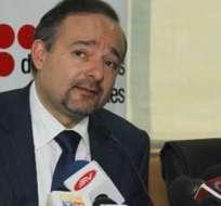 El ministro coordinador de Producción, Empleo y Competitividad, Richard Espinosa, aseguró que la materia prima no tendrá dificultad de entrar al país.