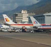 American Airlines y Copa Airlines de Panamá suspendieron la venta de boletos desde y hacia Venezuela