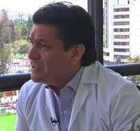 QUITO, Ecuador.- Carlos Figueroa fue sentenciado a seis meses de prisión por el delito de injurias contra el presidente Rafael Correa. Foto: Internet