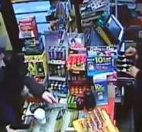 Captan en video al ladrón más cordial del mundo.