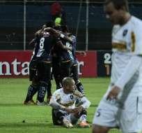 SANGOLQUÍ, Ecuador.- Los jugadores de Independiente festejan la victoria en la Libertadores. Fotos: API.