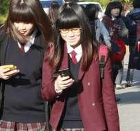 El gobierno surcoreano cree que la adicción al celular afecta a la cotidianidad de sus ciudadanos.