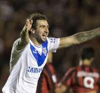 Vélez anticipa clasificación a octavos en la casa de Atlético Paranaense. Foto: EFE