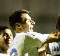 La alegría en los jugadores de Vélez Sarsfield por un triunfo más en el torneo argentino (Foto: EFE)