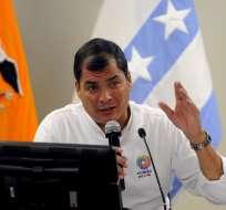 Correa explica a Bachelet su posición sobre demanda de Bolivia. Foto: EFE