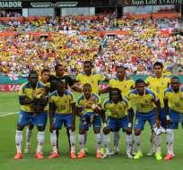 La Tricolar debutará en 8 días frente a Suiza en el Estadio Nacional de Brasilia. Foto: FEF
