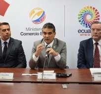 El ministro de Comercio Exterior, Francisco Rivadeneira, tras la tercera ronda de negociaciones. Foto: Ministerio de Comercio Exterior