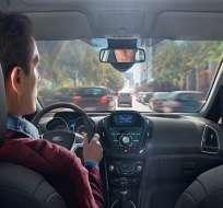 TECNOLOGÍA.- El sistema toma una foto de la persona que está frente al volante y se la envía al dueño del auto. Foto: Internet