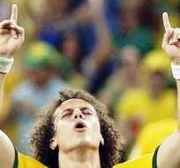 Así celebró David Luiz su anotación ante los colombianos (Foto: EFE)