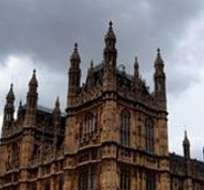 El primer ministro británico, David Cameron, prometió esclarecer todas las acusaciones de abuso a menores perpetrados por políticos en las décadas de 1970 y 1980. Foto: Archivo
