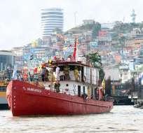 GUAYAQUIL.- Desfile náutico 'Cuando éramos España' se realizó en el río Guayas. Foto: API