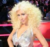 Christina Aguilera da luz a una niña llamada Lluvia de Verano.