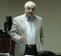 Galo Chiriboga pidió que se llame a juicio a 6 acusados en calidad de encubridores y a 13 como autores del delito de peculado. Foto: API.