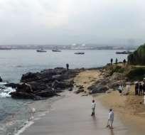 El derrame ocurrió en la localidad de Quintero, cercana a Valparaíso. Foto: AFP