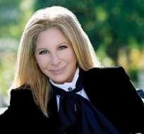 Barbra Streisand cumple seis décadas en el primer lugar.