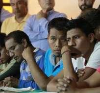 Hallan más fosas durante investigación sobre estudiantes desaparecidos en México. Foto: EFE