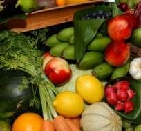 Los efectos positivos de una mayor cantidad de frutas y verduras son más fuertes en las mujeres.