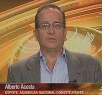 ECUADOR.- Alberto Acosta durante su entrevista en Contacto Directo. Foto: Ecuavisa