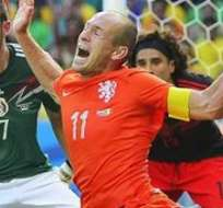 La acción de Robben se volvió tendencia y material para memes.