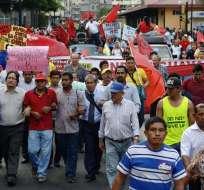 GUAYAQUIL, Ecuador.- Toma de la marcha efectuada por las organizaciones de trabajadores el 17 de septiembre pasado. Foto: Archivo API