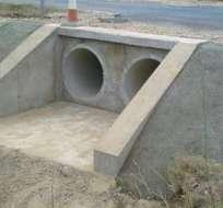 El pozo se encontraba cerrado por una pesada cubierta de hormigón y fueron necesarios los esfuerzos de varias personas para levantarla.