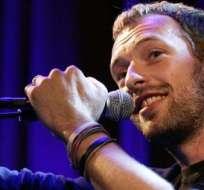 """La canción 'Miracles' del líder de Coldplay fue compuesta específicamente para el filme """"Unbroken"""", dirigido por Angelina Jolie."""