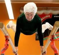 Johanna Quaas es una abuela alemana considerada la gimnasta más veterana del mundo.