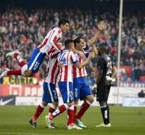El equipo 'colchonero' con el triunfo igualó a puntos con el FC Barcelona que es segundo en España. Foto: AFP