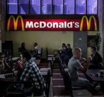 Esta empresa estadounidense de comidas rápidas se quedó sin papás fritas en el país. Foto: EFE
