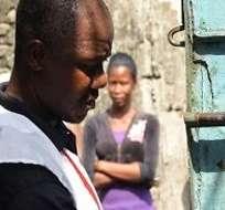 En Sierra Leona y Guinea, los otros dos países donde el virus del ébola sigue circulando, se planea empezar la vacunación en febrero, dijo hoy la responsable de la OMS. Foto: AFP