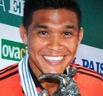 El delantero colombiano del River Plate fue designado mejor futbolista del continente en 2014.