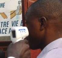 REPÚBLICA DE GUINEA.- Un total de 21.296 personas se ha visto hasta ahora infectado con ébola en esa región. Fotos: AFP