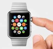 """El Apple Watch es el primer producto """"revolucionario"""" lanzado bajo la administración de Cook."""