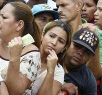 Las colas en Venezuela son cada vez más inevitables para la gente de ingresos bajos.