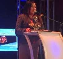 Para Tania, el premio es un compromiso con la fiel audiencia de Ecuavisa. Fotos: captura de video
