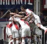 ARGENTINA.- River Plate había sido subcampeón de la Recopa Sudamericana en 1997 y 1998. Fotos: EFE y AFP