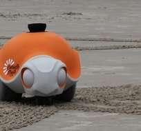 BeachBot, es un pequeño robot diseñado por Disney Research y estudiantes de ETH Zürich. Foto: Página Oficial de BeachBot